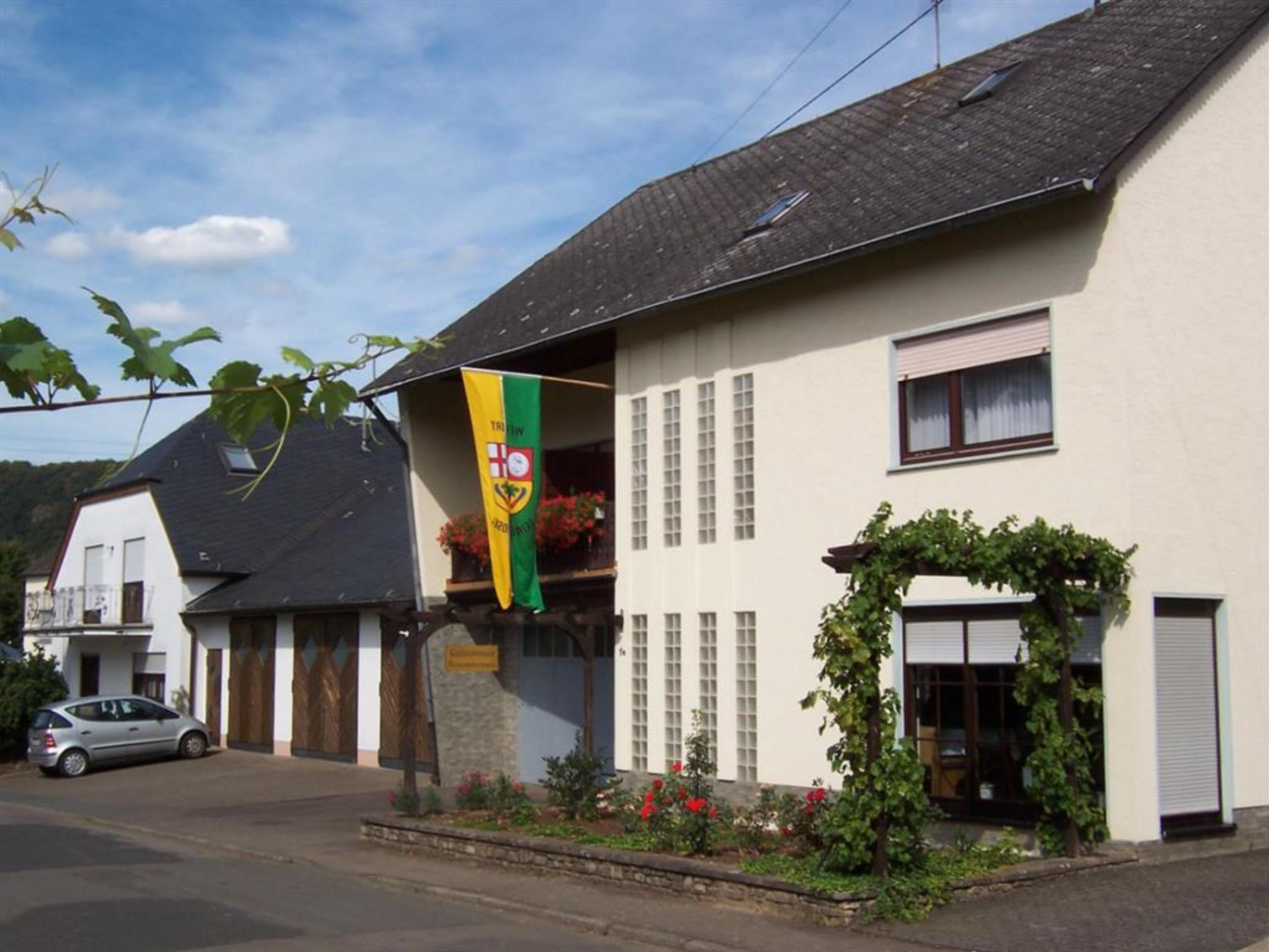 Ferienweingut Scholtes 4-Bettwohnung Klostergarten ***