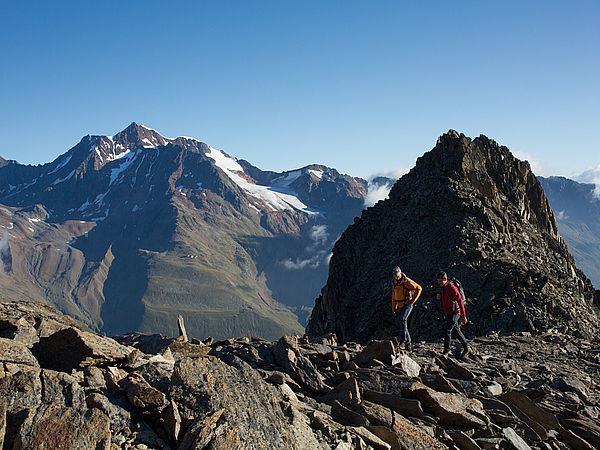 Hikingtour - 3,400 Meters and beyond