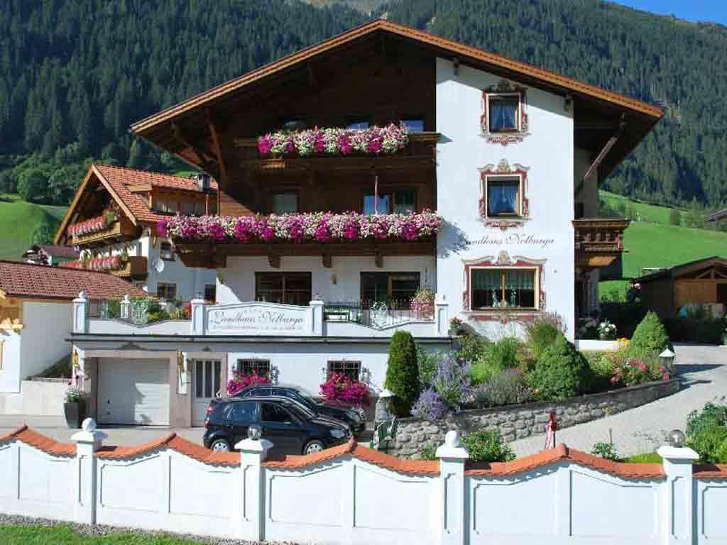 Landhaus Notburga Fewo C 1 Schlaf+1 Wohn-Schlafraum