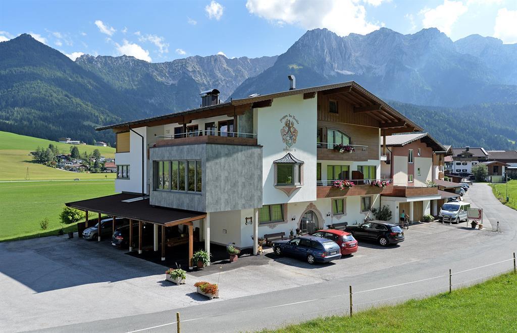 Hotel garni Tirol*** - Fam. Hauser App.