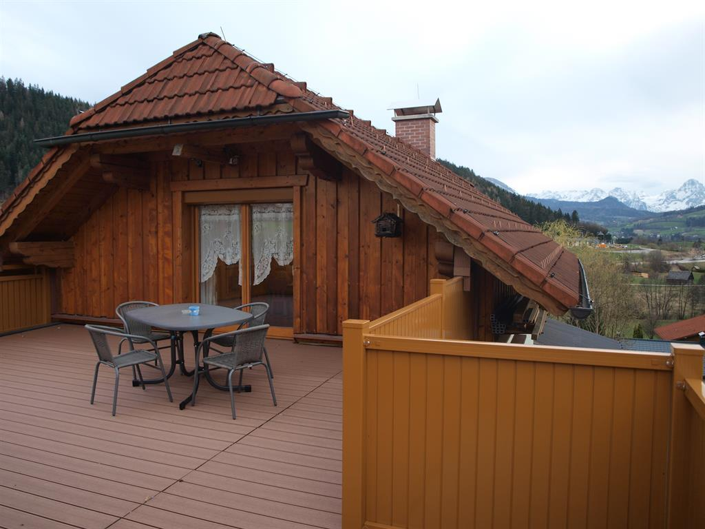 Haus Schober Apartment/Wohn-Schlafraum/Dusche, WC