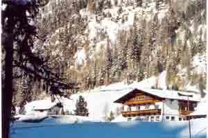 Almhof Mareil, Selbstversorgerhaus Winter Selbstversorgerhaus für 16-24 Pers.